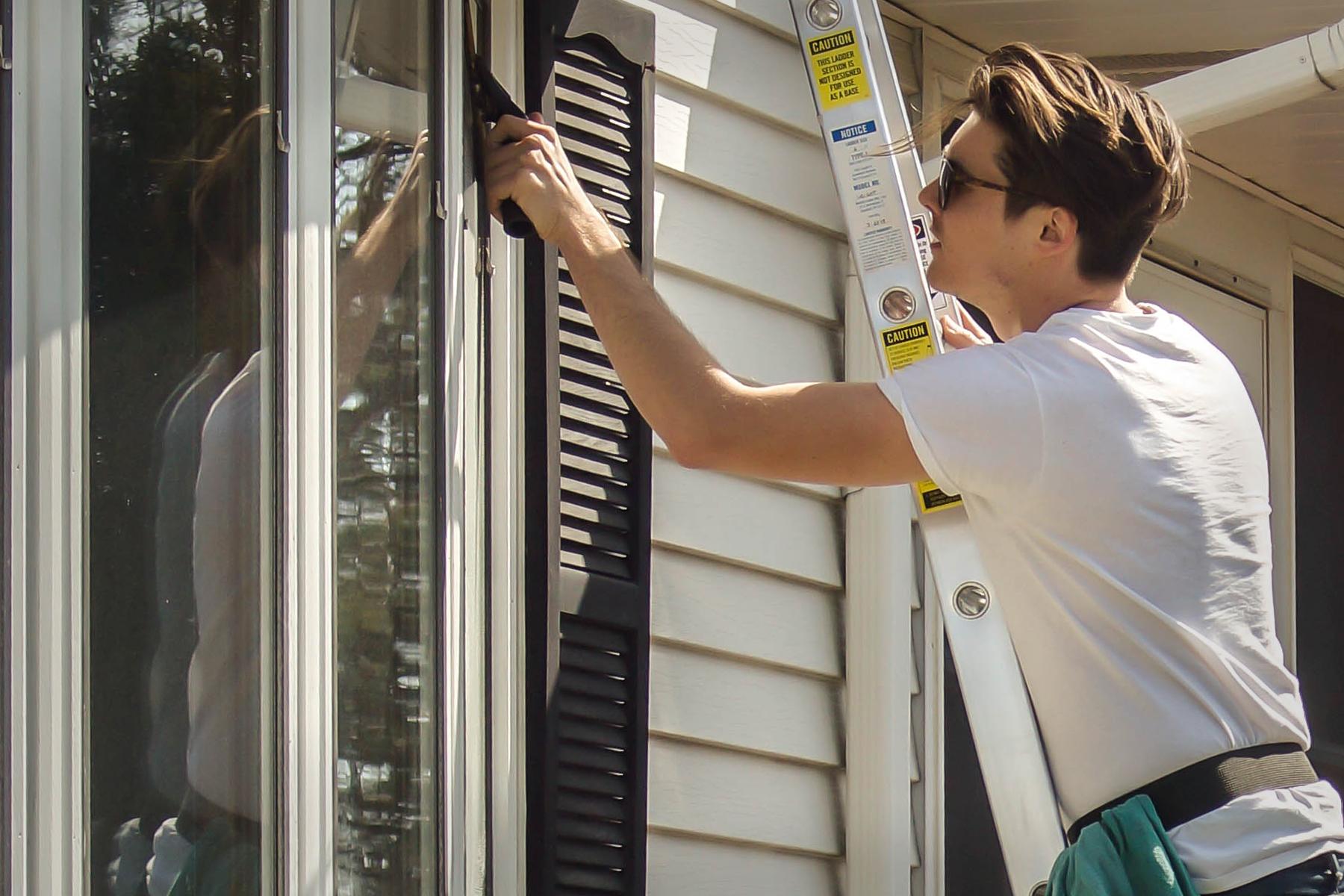 Washing Window.jpg