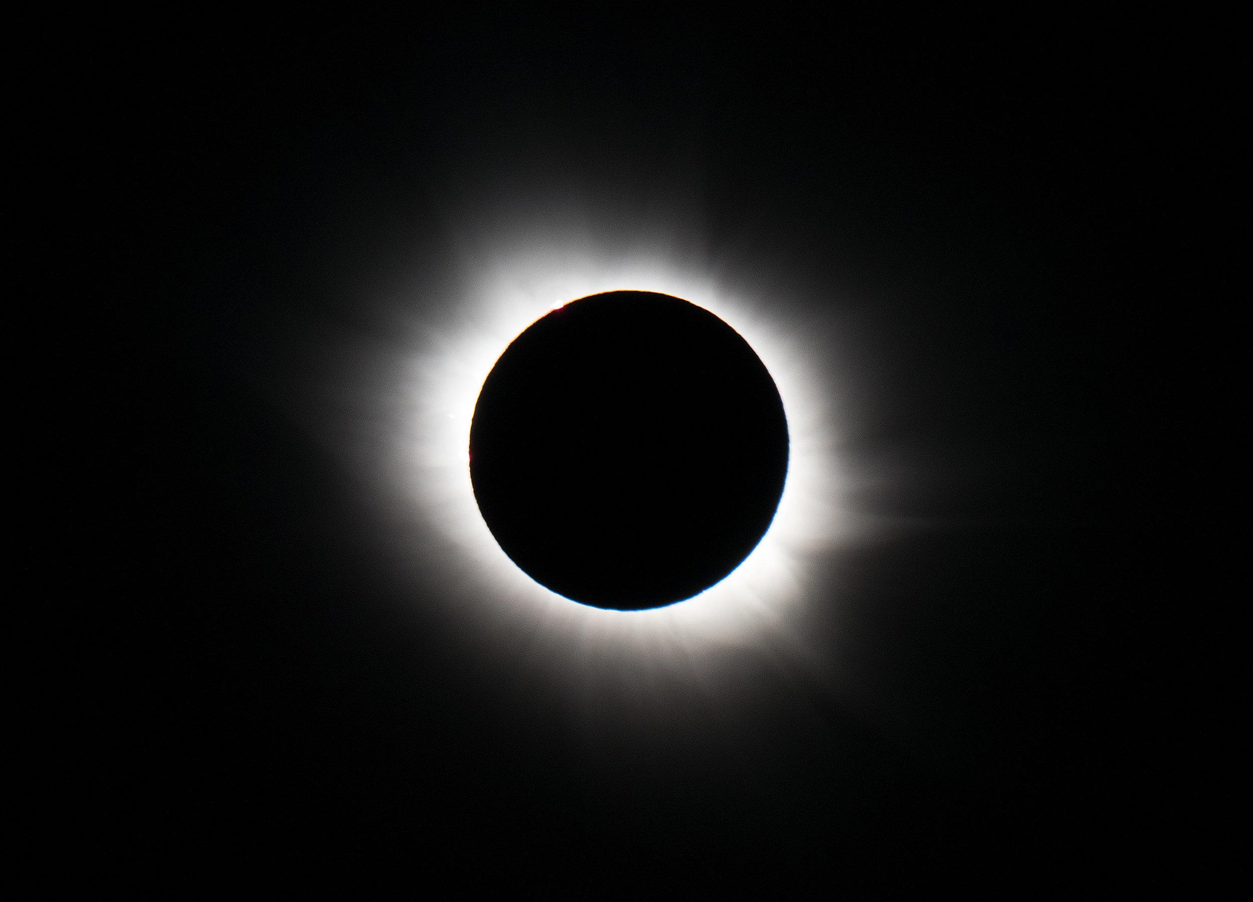 04-solar-eclipse-stan-honda.jpg