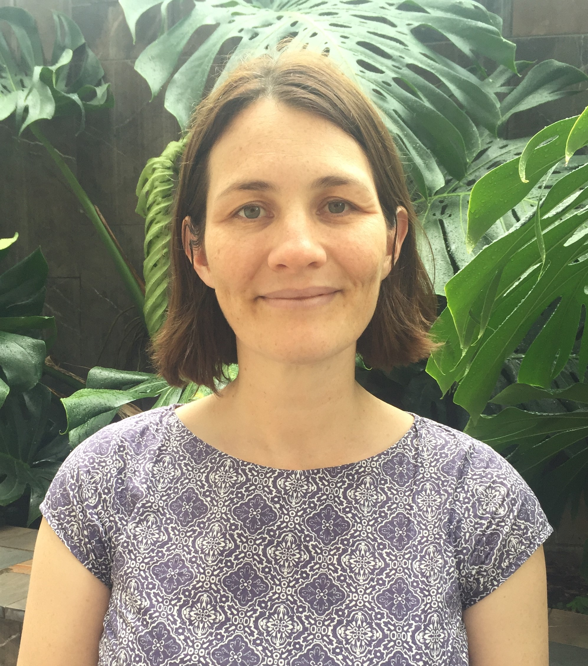 Helen Gunter, Genomics Advisor - Helen joins Queensland Genomics with 15 years of molecular biology experience and two years as the Project Manager, Edinburgh Genomics. Her research interest is in genotype x phenotype interactions. Helen brings a depth of experience in the technical and experimental design aspects of Clinical Genomics.