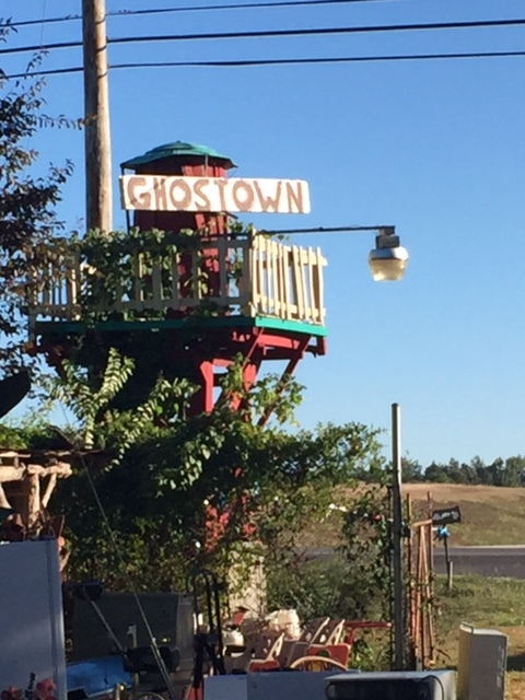 """Ghost Town (or as the sign says """"Ghostown"""" Flea market in Athens, ALabama"""