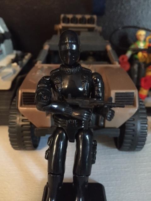 1983 G.I. Joe Commando action figure code name: Snake Eyes (UZI machine gun is not original gun)