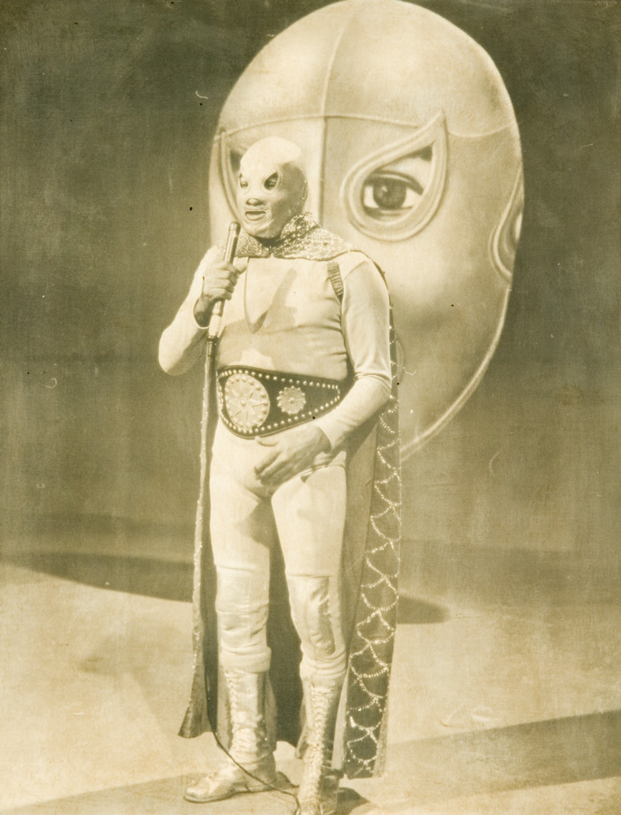 Early el santo photo.