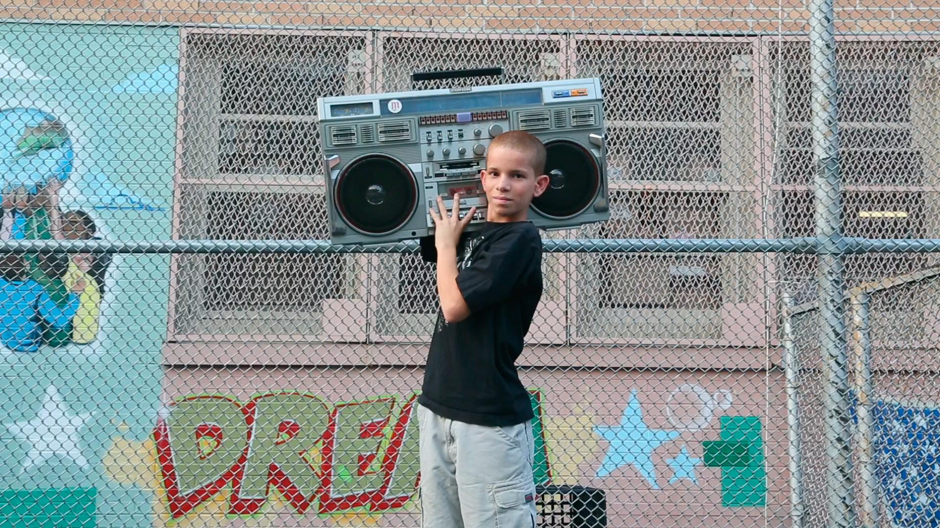 Cassette boom box.jpg