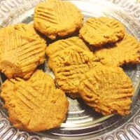 Low carb peanut butter cookies.JPG