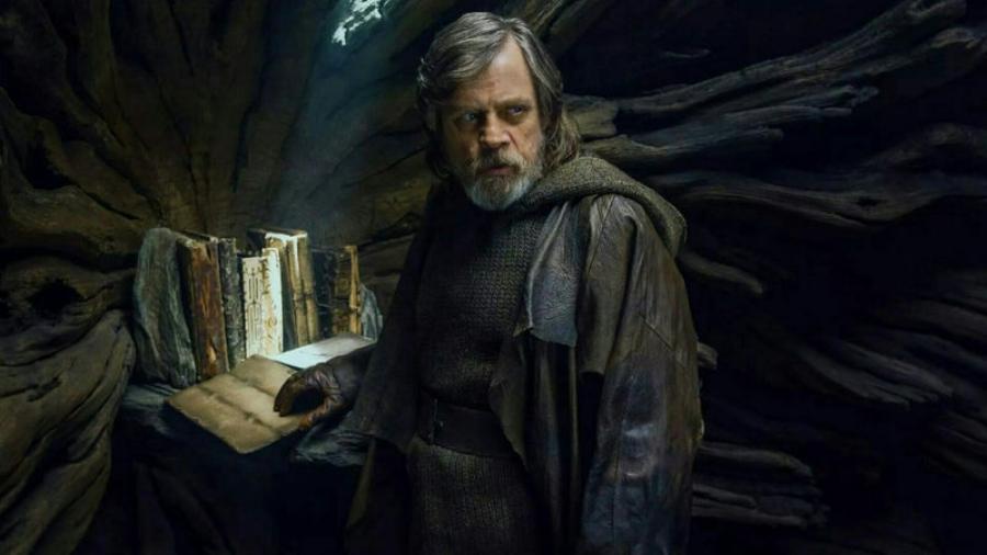 Luke Skywalker Last Jedi.jpg