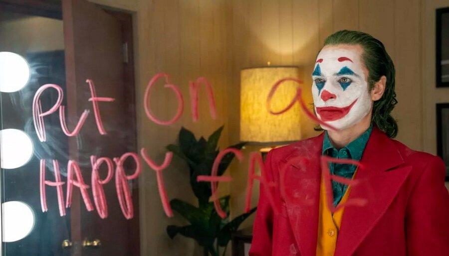 08 Joker Put on a Happy Face.JPG