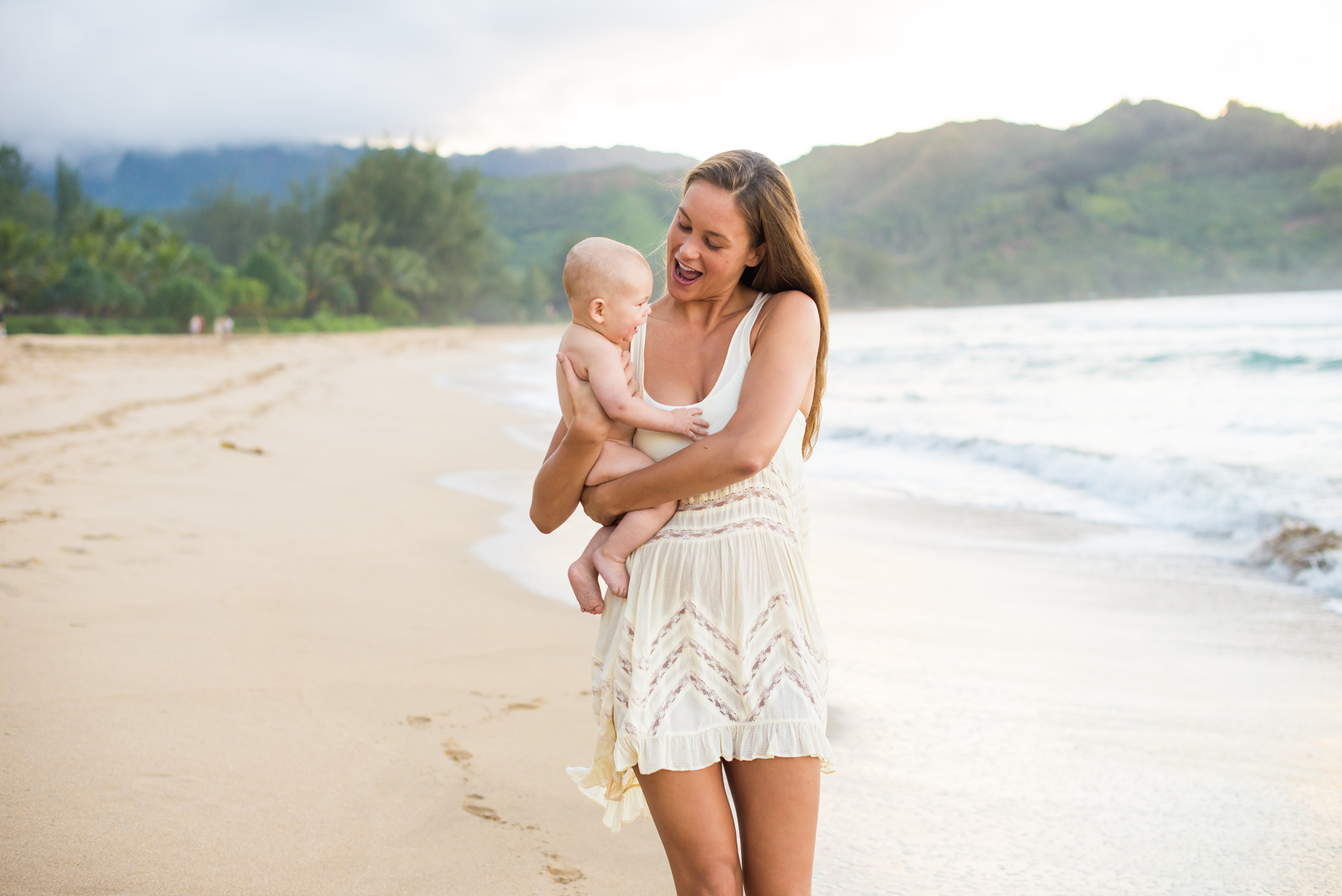 161212pureakuaphotography.familyportrait.baby.hawaii.beach0008.jpg
