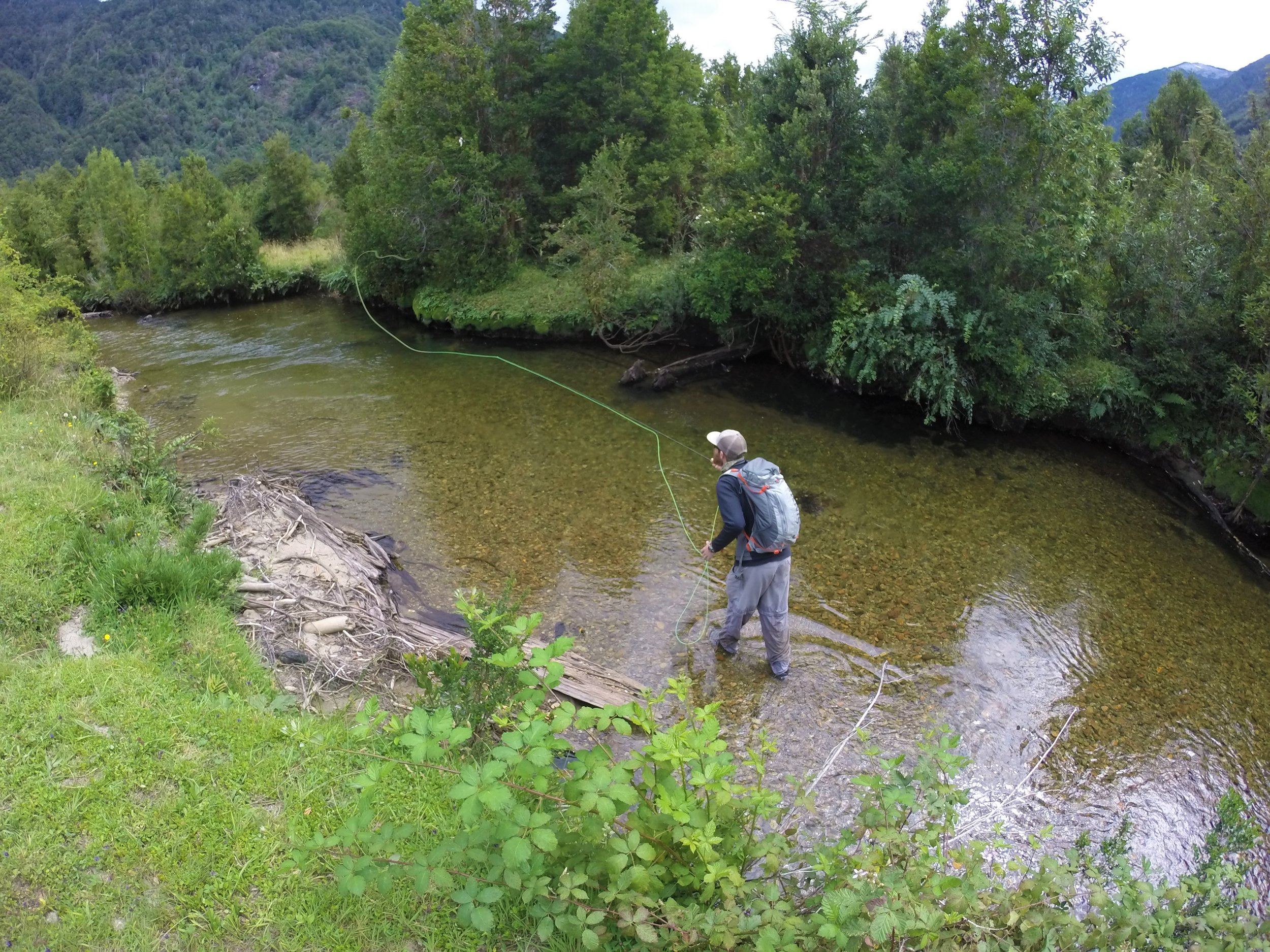 Yelcho Fly Fishing Guides | Futaleufu Fly Fishing Guide | Palena Fly Fishing Guides | Patagonia Trout Adventures |