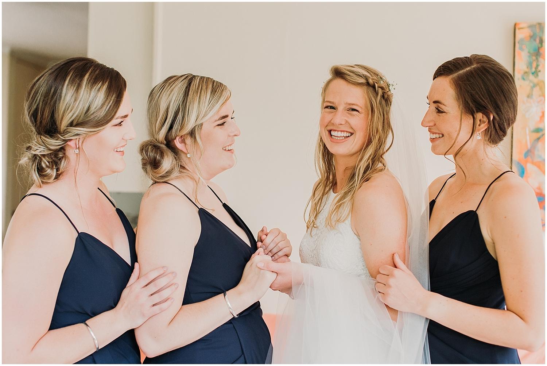 Hannah & Bridesmaids- Carmen Peter Photography