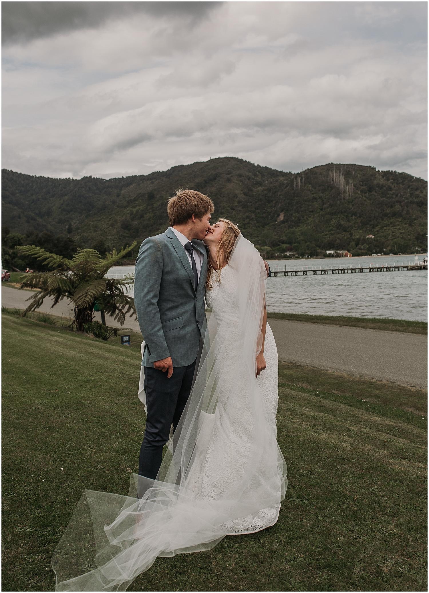 Hannah + Scott Married Kiss | Carmen Peter Photography.jpg