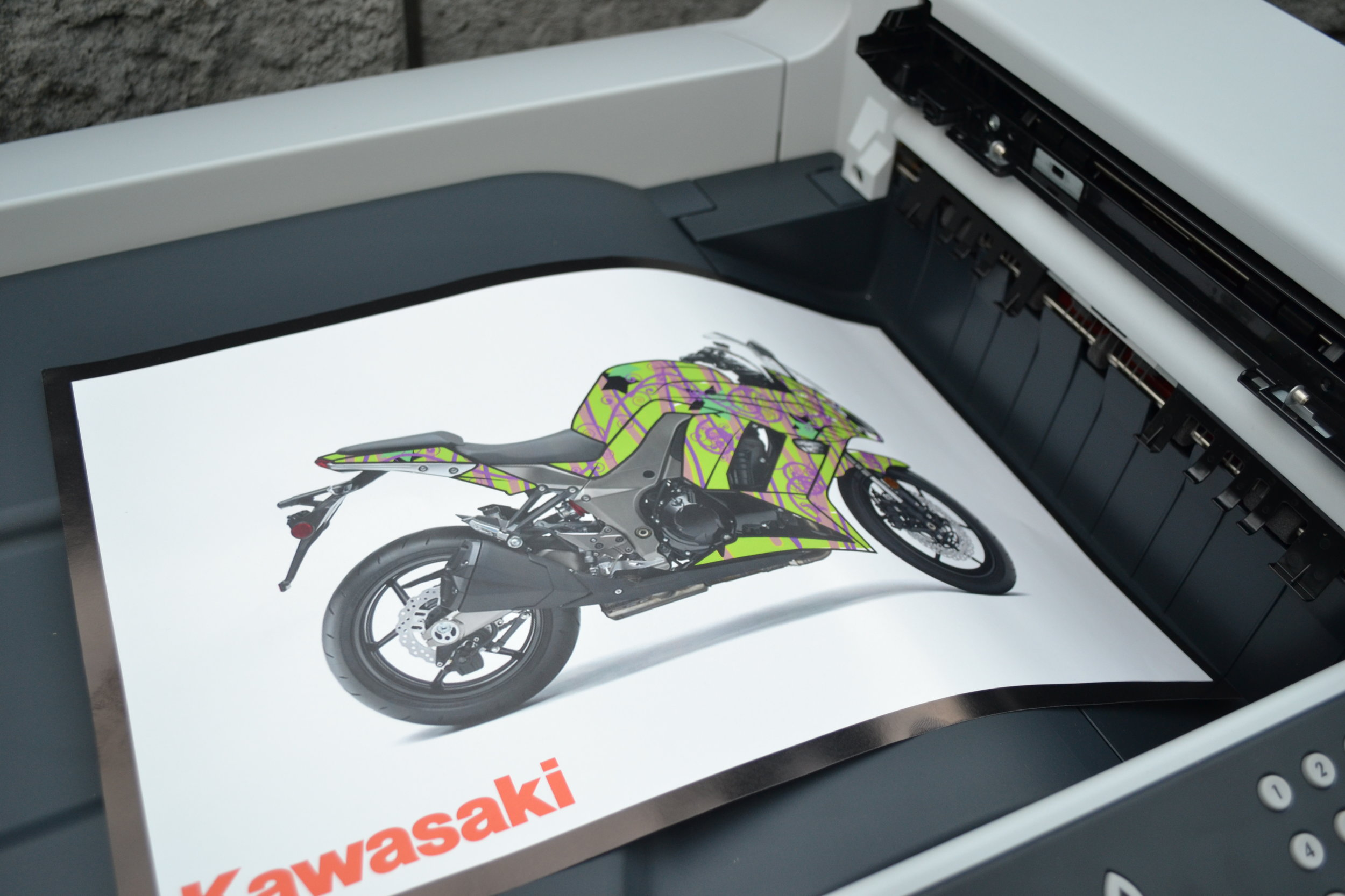 guests-received-printouts-of-their-cool-kawasaki-designs_6243944532_o_29121401381_o.jpg