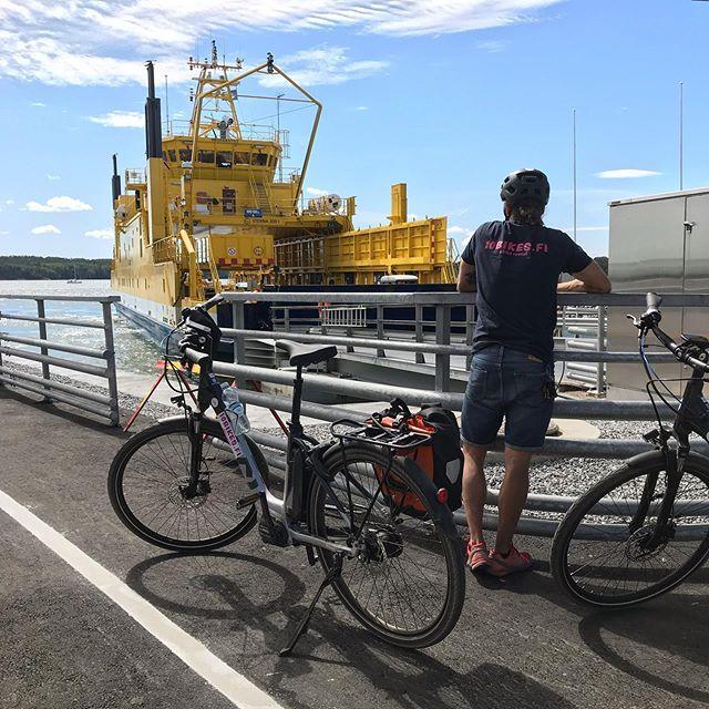 Upeat kaksi päivää sähköpyörällä Turun kaduilla ja saaristossa; niin erilaista kuin olisi pelkän polkupyöräilyn perusteella osannut odottaa! Mahtikiitos @10bikes.fi !