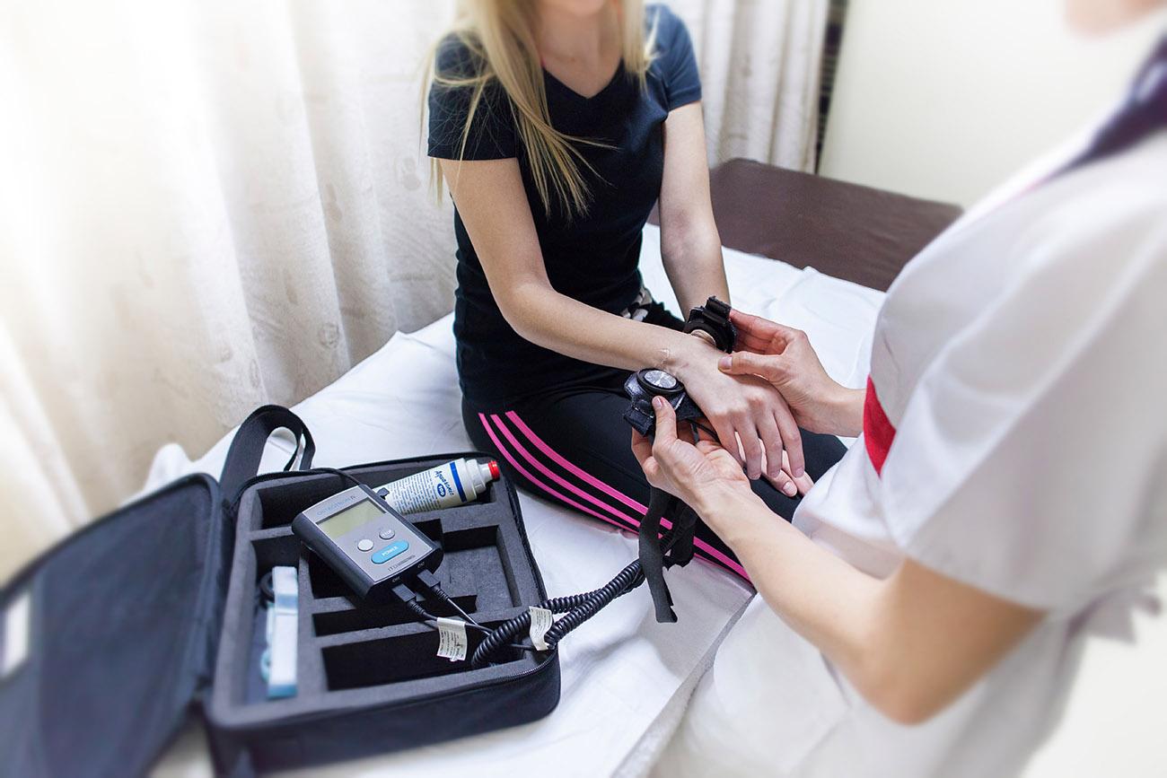 1-Osteotron-IV-curare-fratture-con-ultrasuoni-pulsati-a-bassa-intensità-gallery.jpg