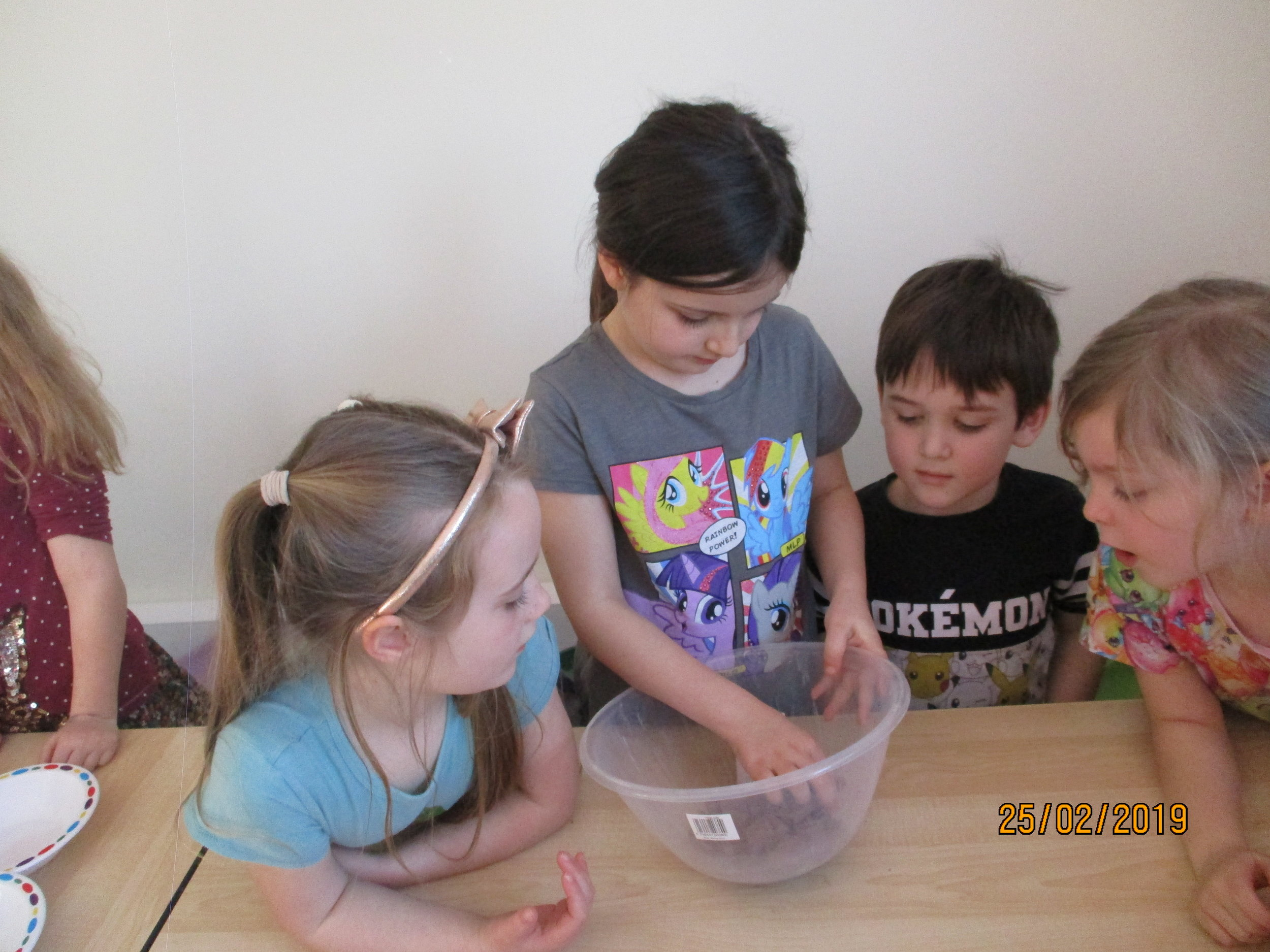 We explored where chocolate came from and worked together to make banana splits with Fair-trade chocolate and bananas. We then wrote up some very clear instructions so our parents could make them with us too!