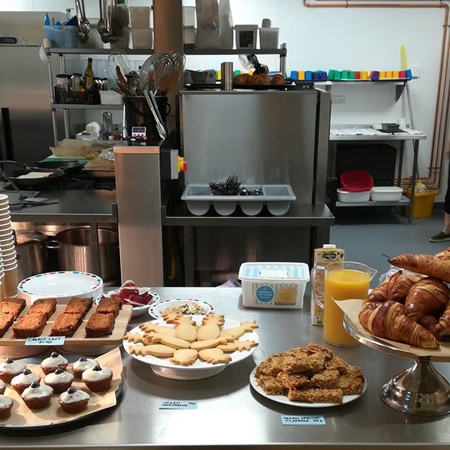 Family breakfast opens in 5 minutes! Can't wait to see you :)
