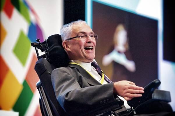 Stephen addressing 1000 delegates at the Rehabilitation International World Congress 2016