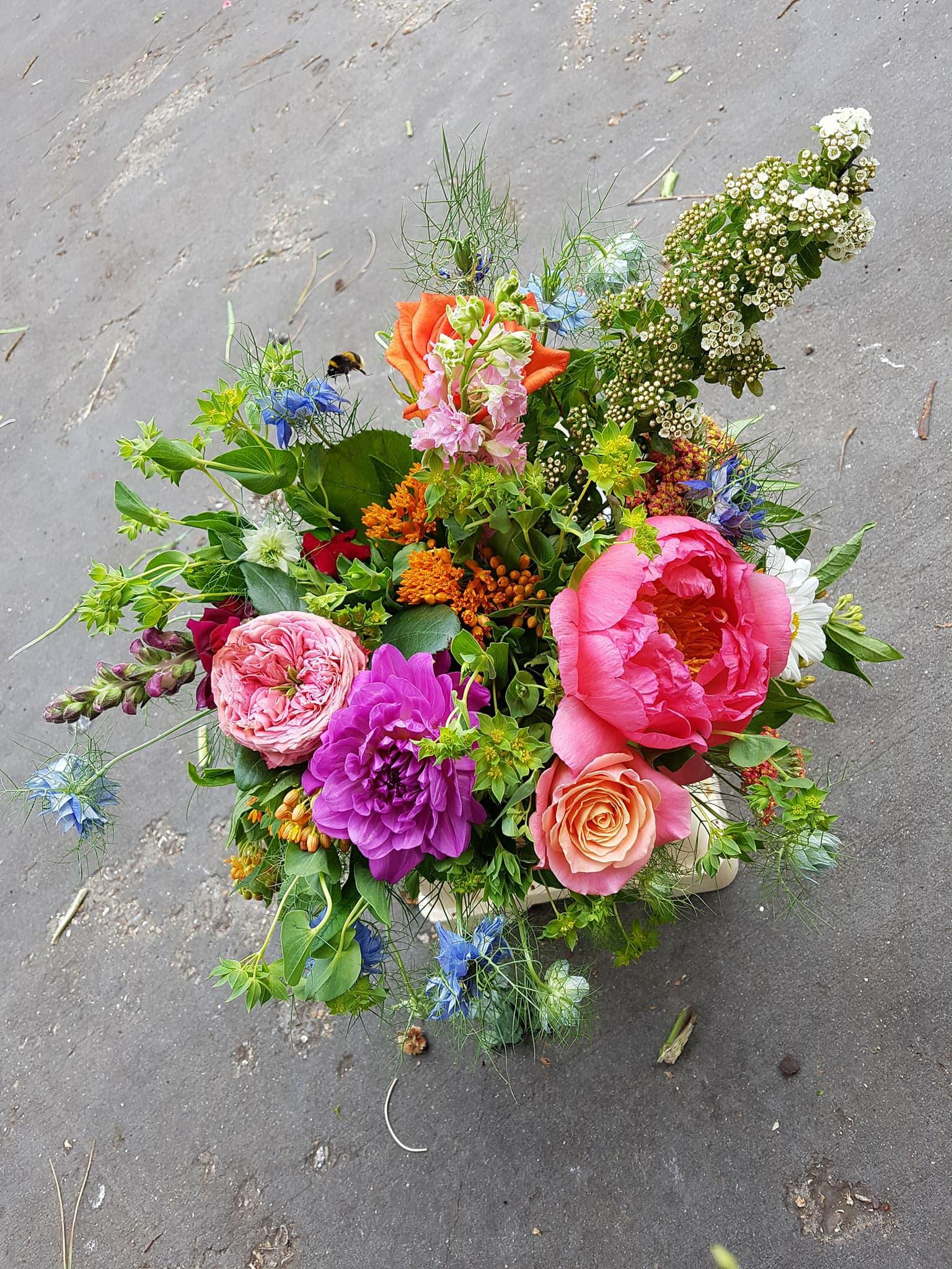 bee bouquet peonies