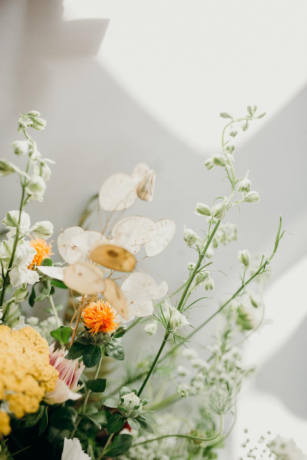 stephanie-green-wedding-photography-sulaflowers london florist wedding florist wild wedding style