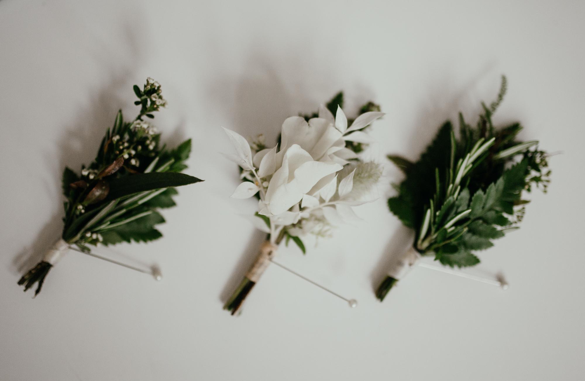 buttonholes simple