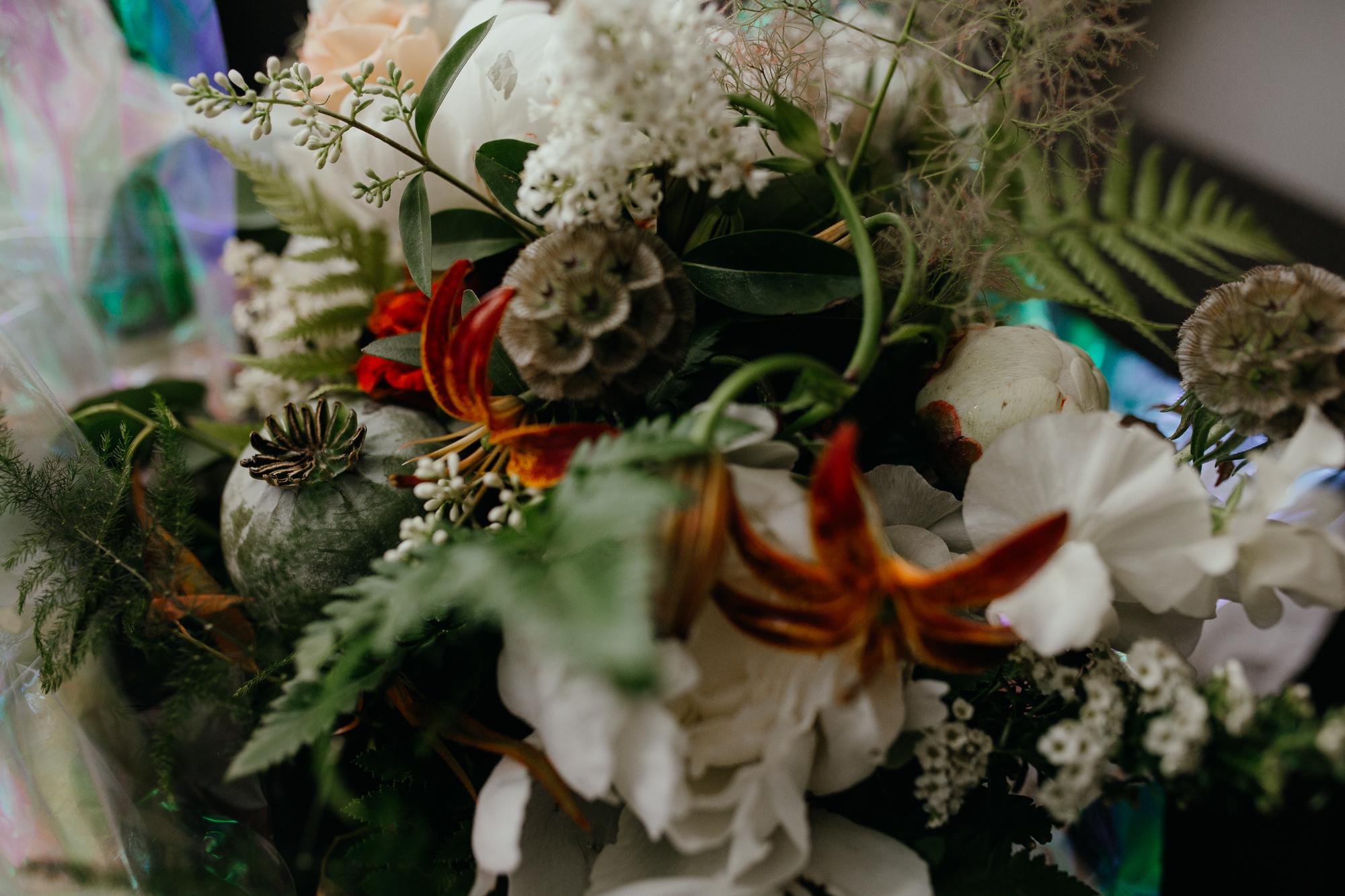 stephanie-green-wedding-photography-sulaflowers-sula-flowers-london-islington-town-hall-depot-n7-17.jpg