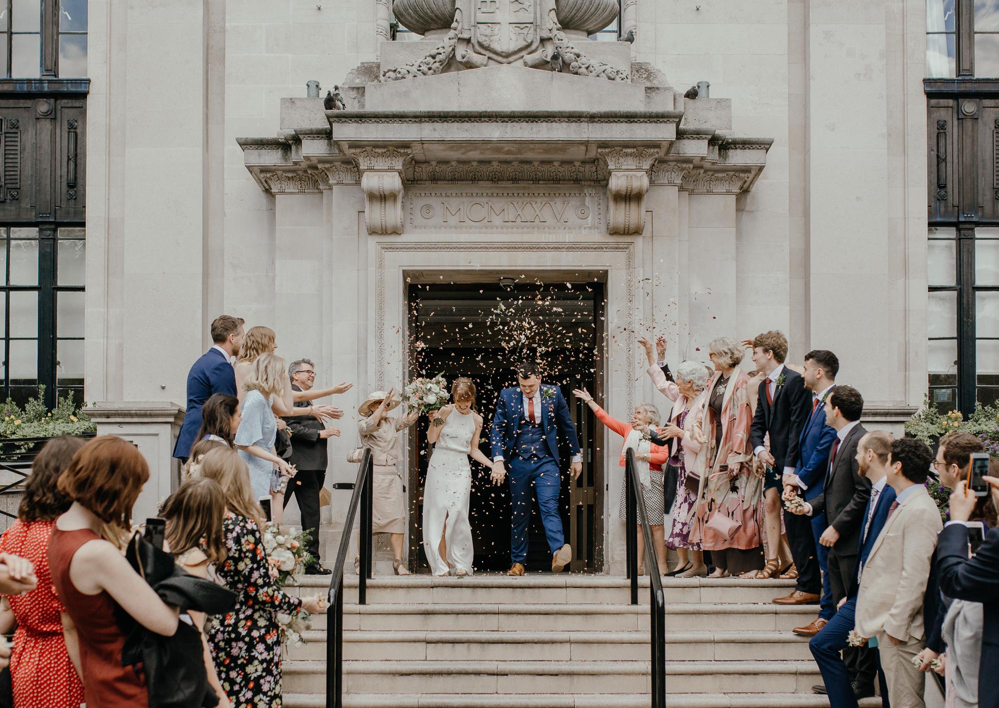 stephanie-green-wedding-photography-sulaflowers-sula-flowers-london-islington-town-hall-depot-n7-71.jpg