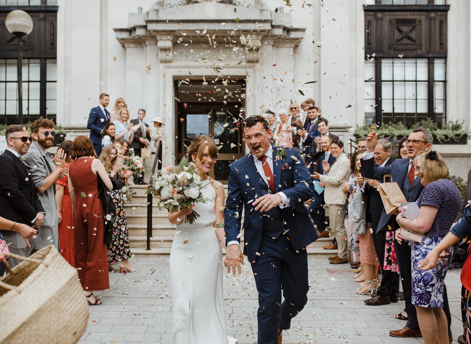 Nicebunch wedding flowers sula london-islington-town-hall-depot-n7 ethical british luxury confetti bouquet stephanie-green-wedding-photography