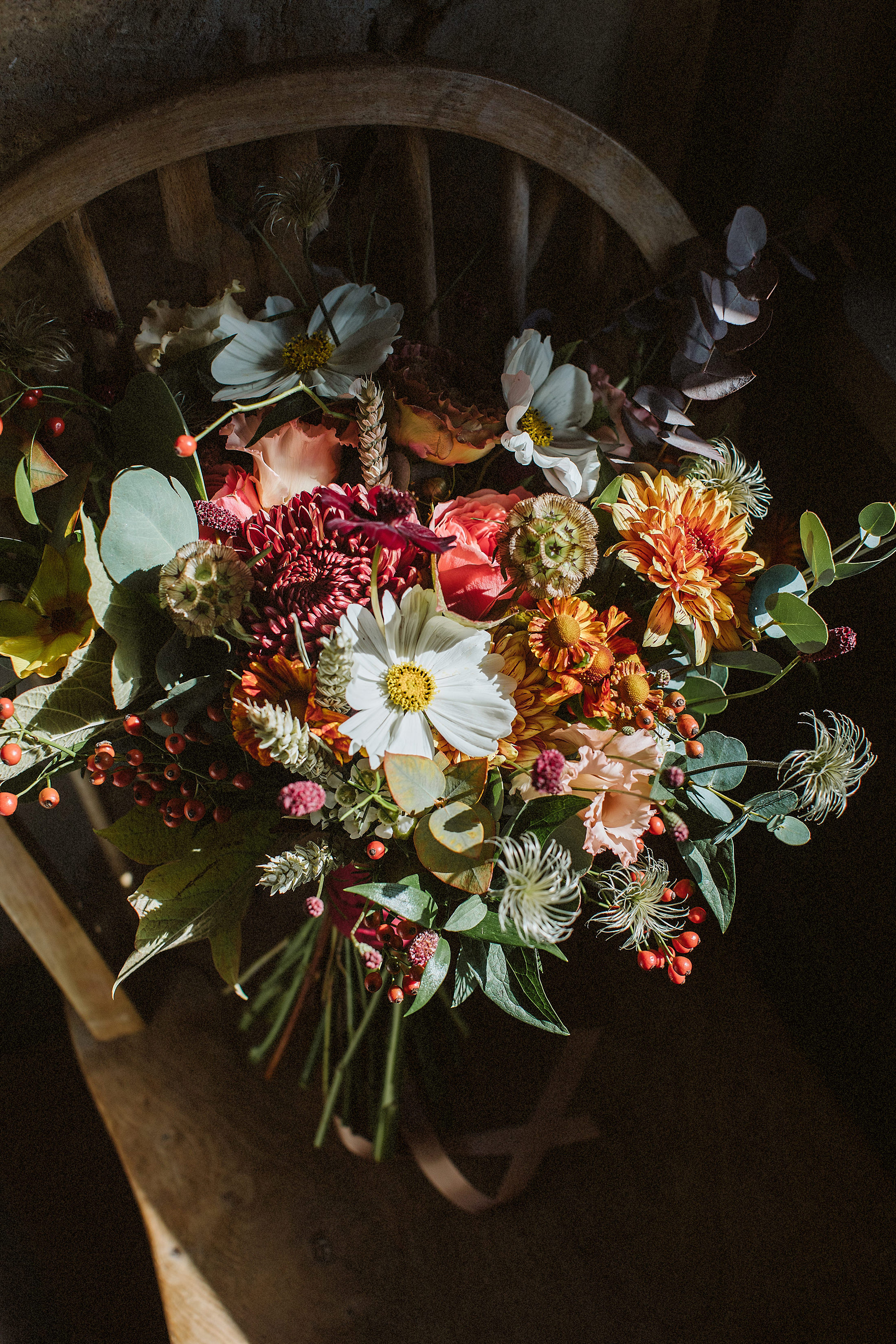 Nice Bunch Ethical floral design studio flower garden by Sula British luxury bouquet Stone Barn Cotswolds wedding