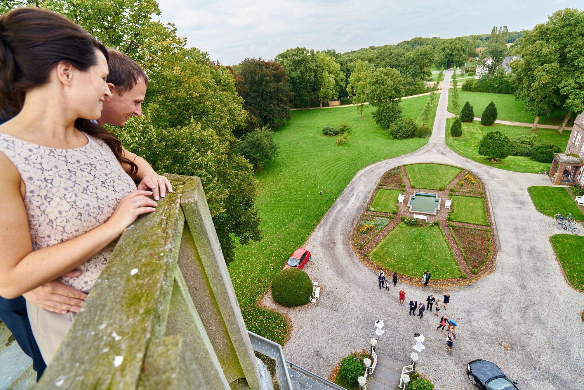 bruidsfotografie-duitsland-schloss Hertefeld-weeze-trouwreportage-262A.jpg