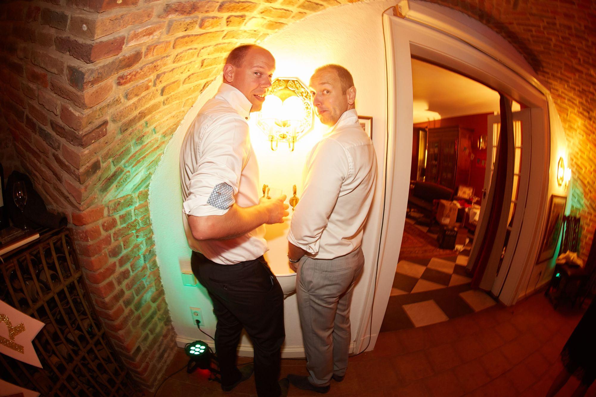 bruidsfotografie-duitsland-schloss Hertefeld-weeze-trouwreportage-310A.jpg