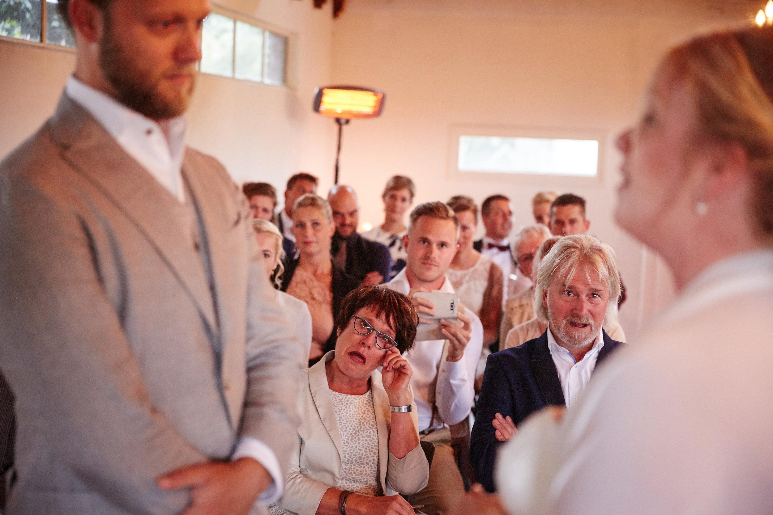 trouwshoot-bruidsfotografie-trouwfoto-feestfotografie-Akke-Rogier-17.jpg
