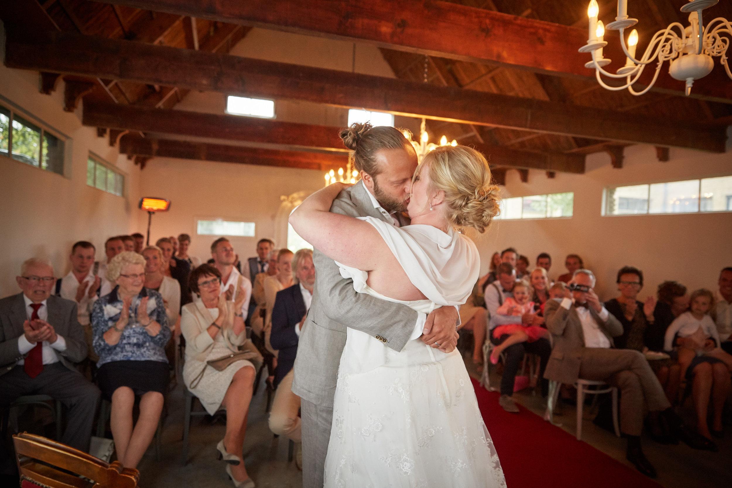 trouwshoot-bruidsfotografie-trouwfoto-feestfotografie-Akke-Rogier-18.jpg
