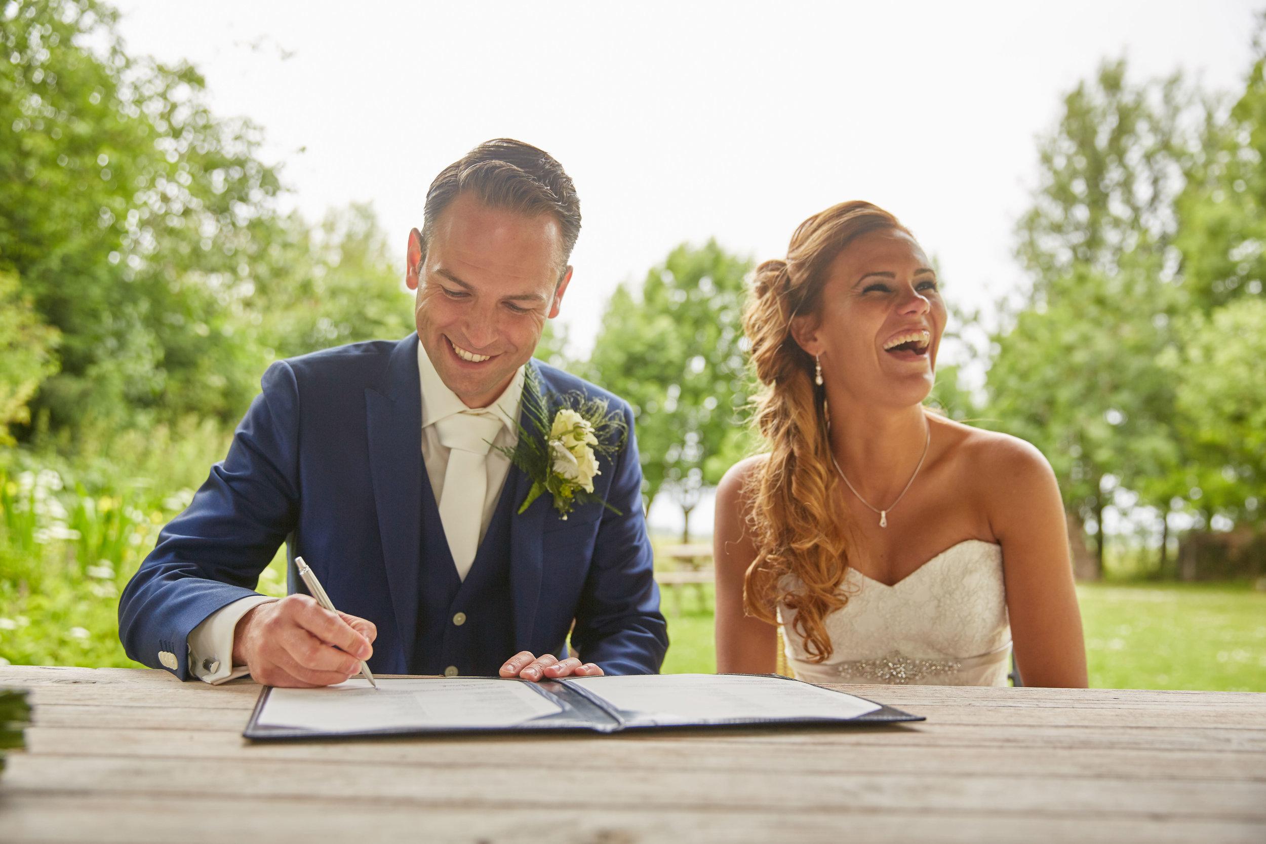 trouwshoot-bruidsfotografie-trouwfoto-feestfotografie-Trudy-Ron-59.jpg