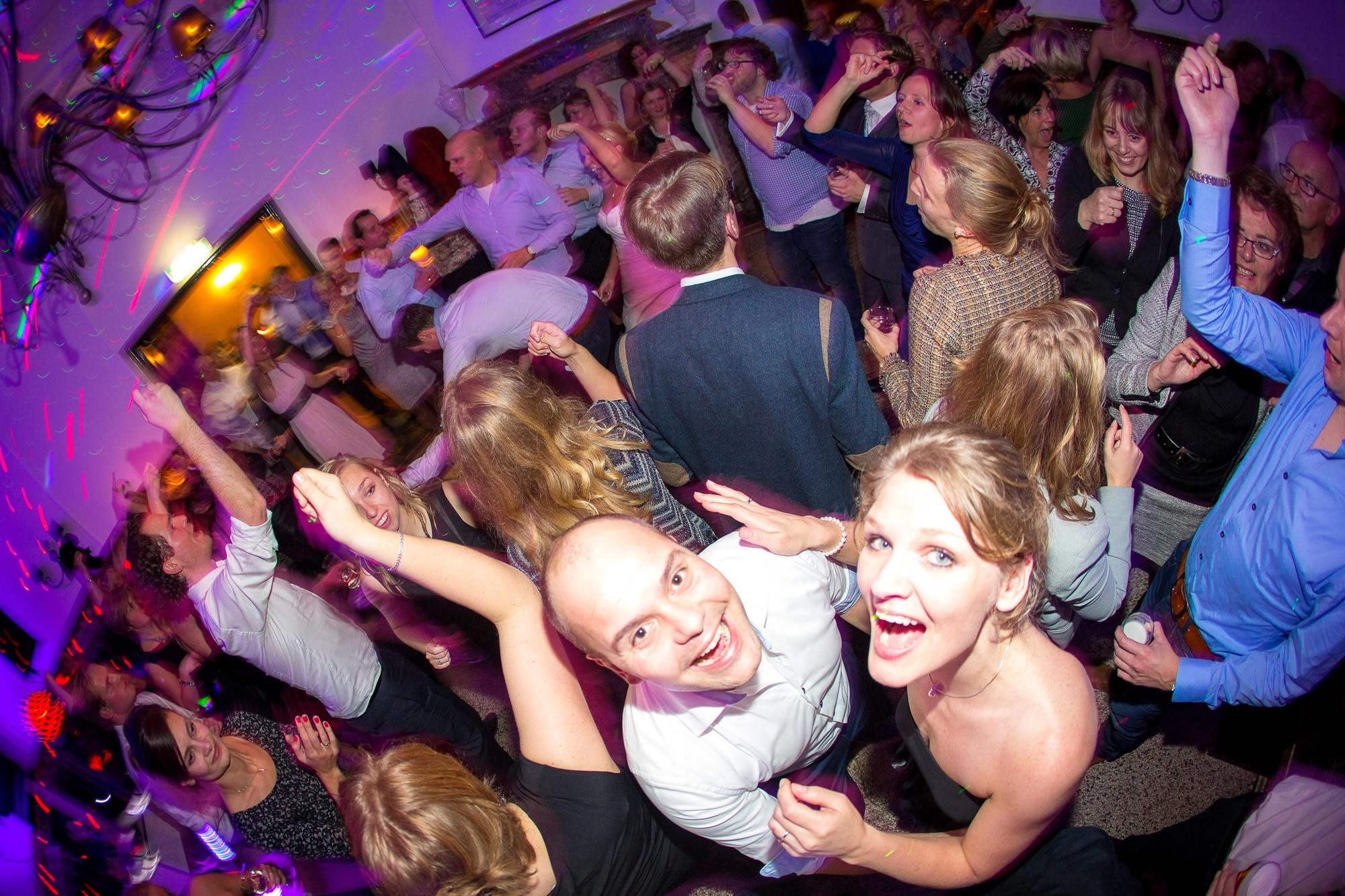 bruidsfotografie-trouwreportage-huwelijksfotografie-bruidsfotograaf-feestfotografie-Ingeborg en Martijn-49.jpg