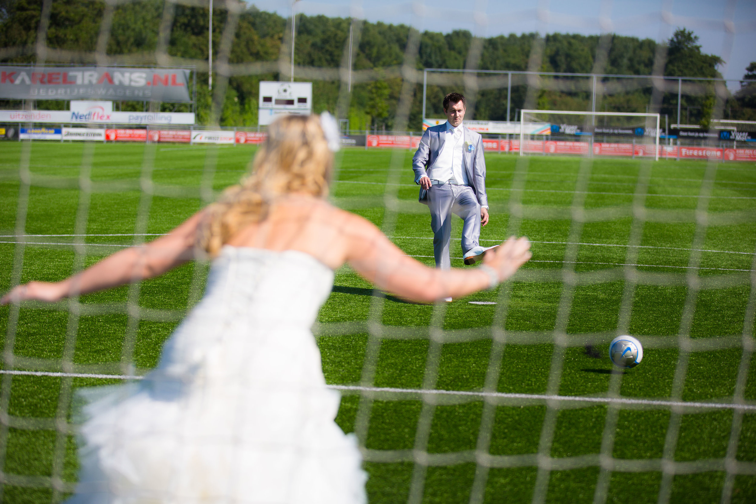 trouwshoot-bruidsfotografie-trouwfoto-feestfotografie-sabine en ferry-255.jpg