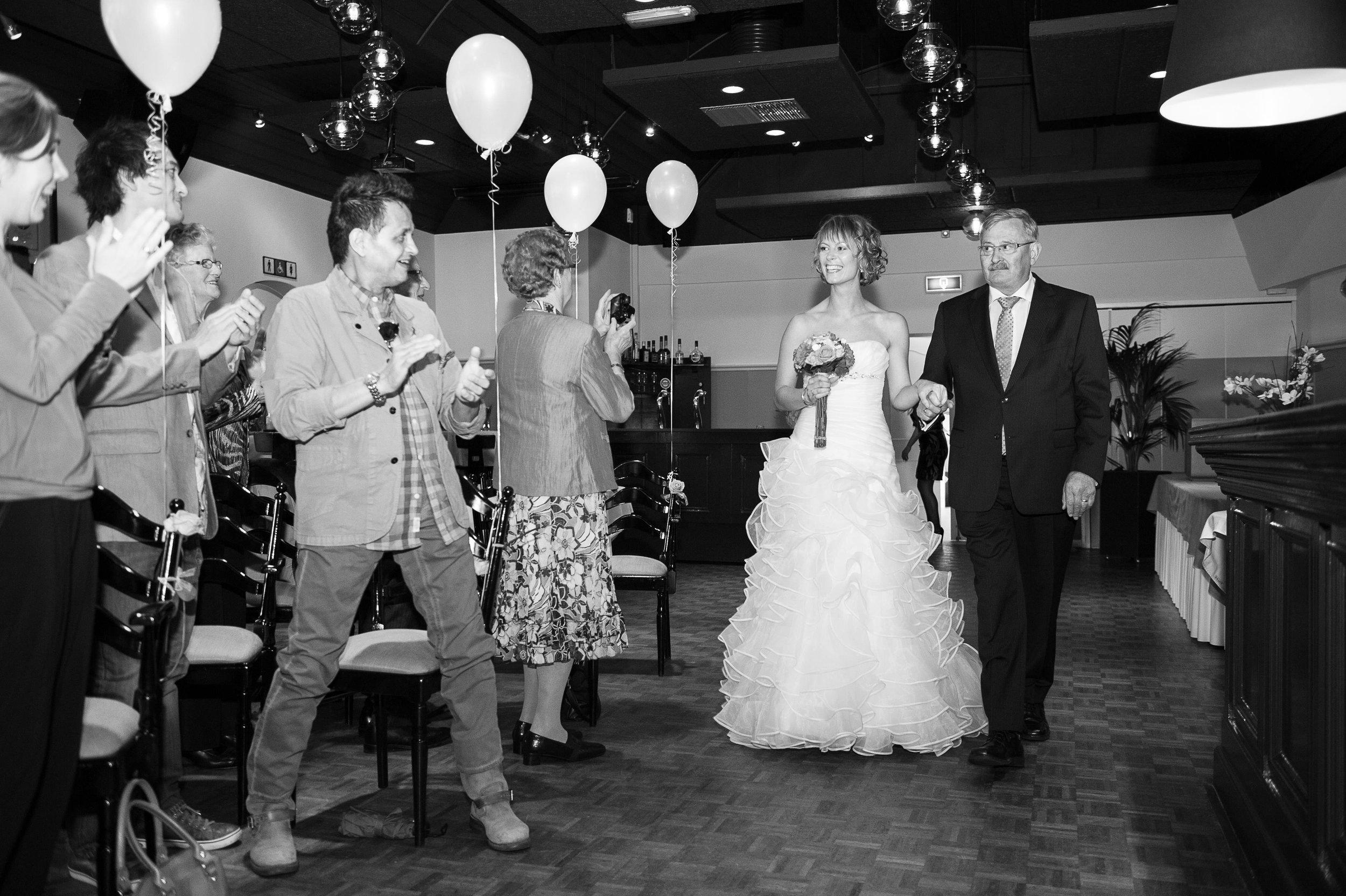 trouwshoot-bruidsfotografie-trouwfoto-feestfotografie-marcel en desiree-288.jpg