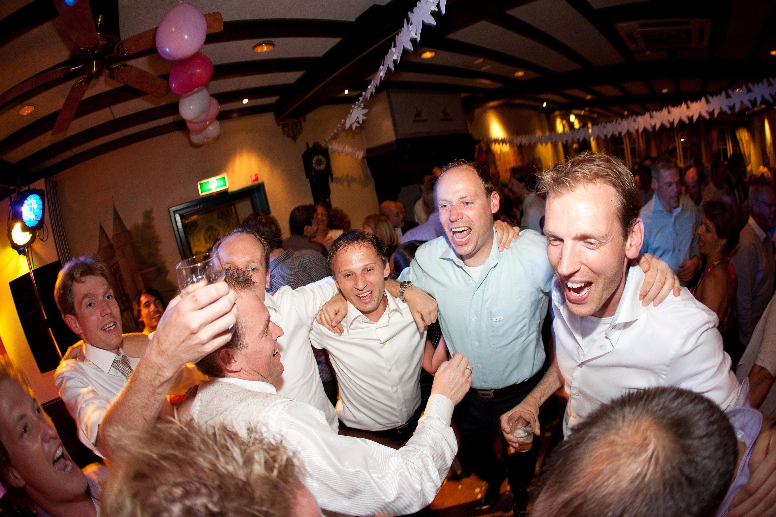 trouwshoot-bruidsfotografie-trouwfoto-feestfotografie-trouwreportage-Jan en Loes596.jpg