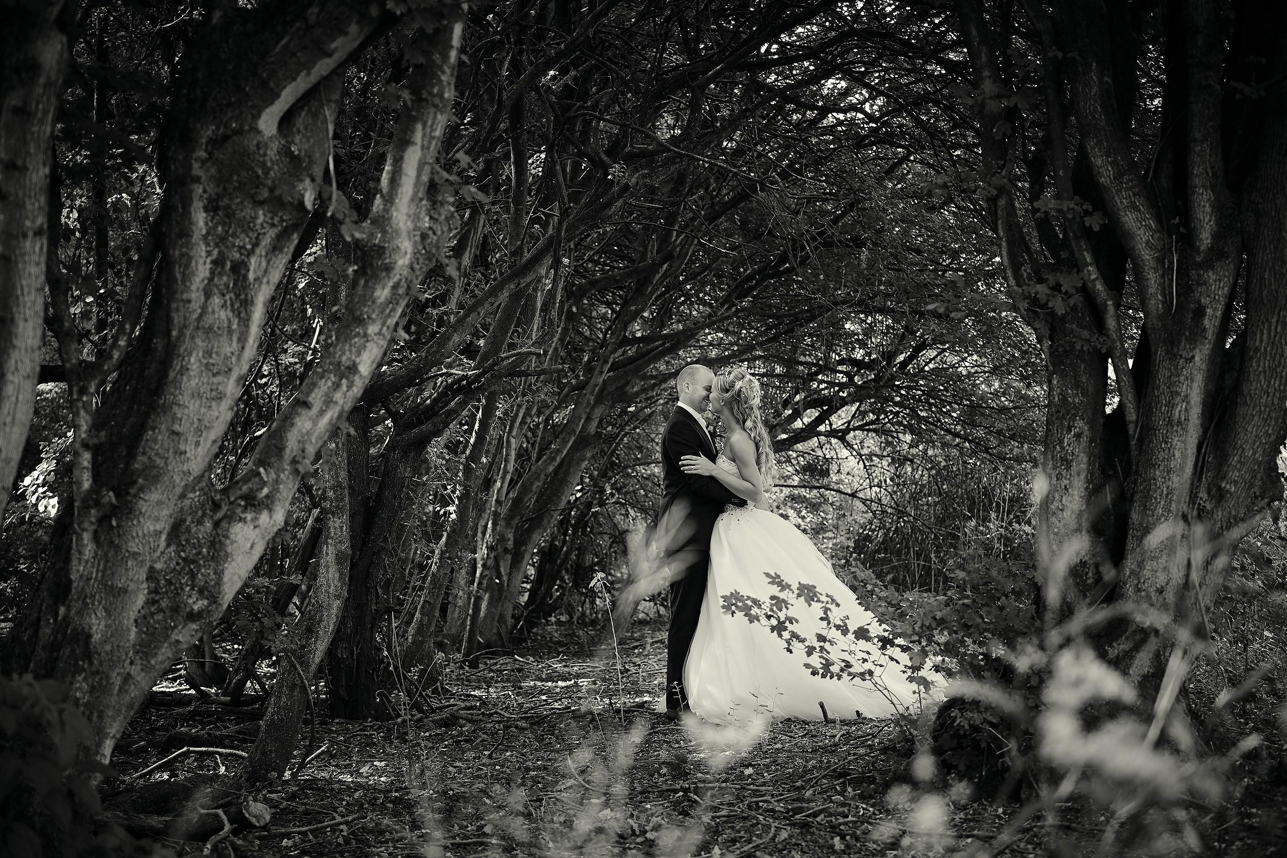 trouwshoot-zwart-wit-bruidsfotografie_00023.jpg