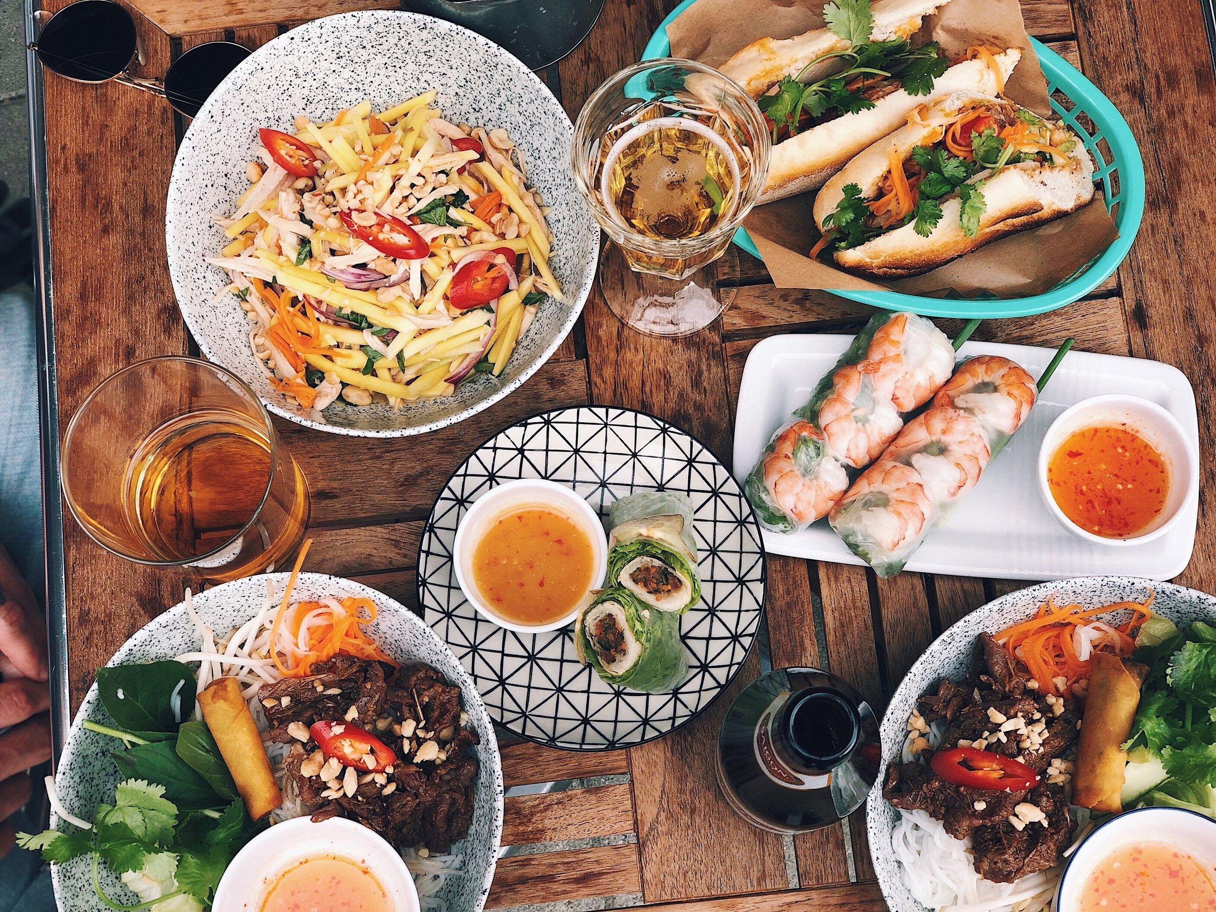 Goi Xoai Ga | Cha gio cuon | Bun Thit Nuong | Banh Mi