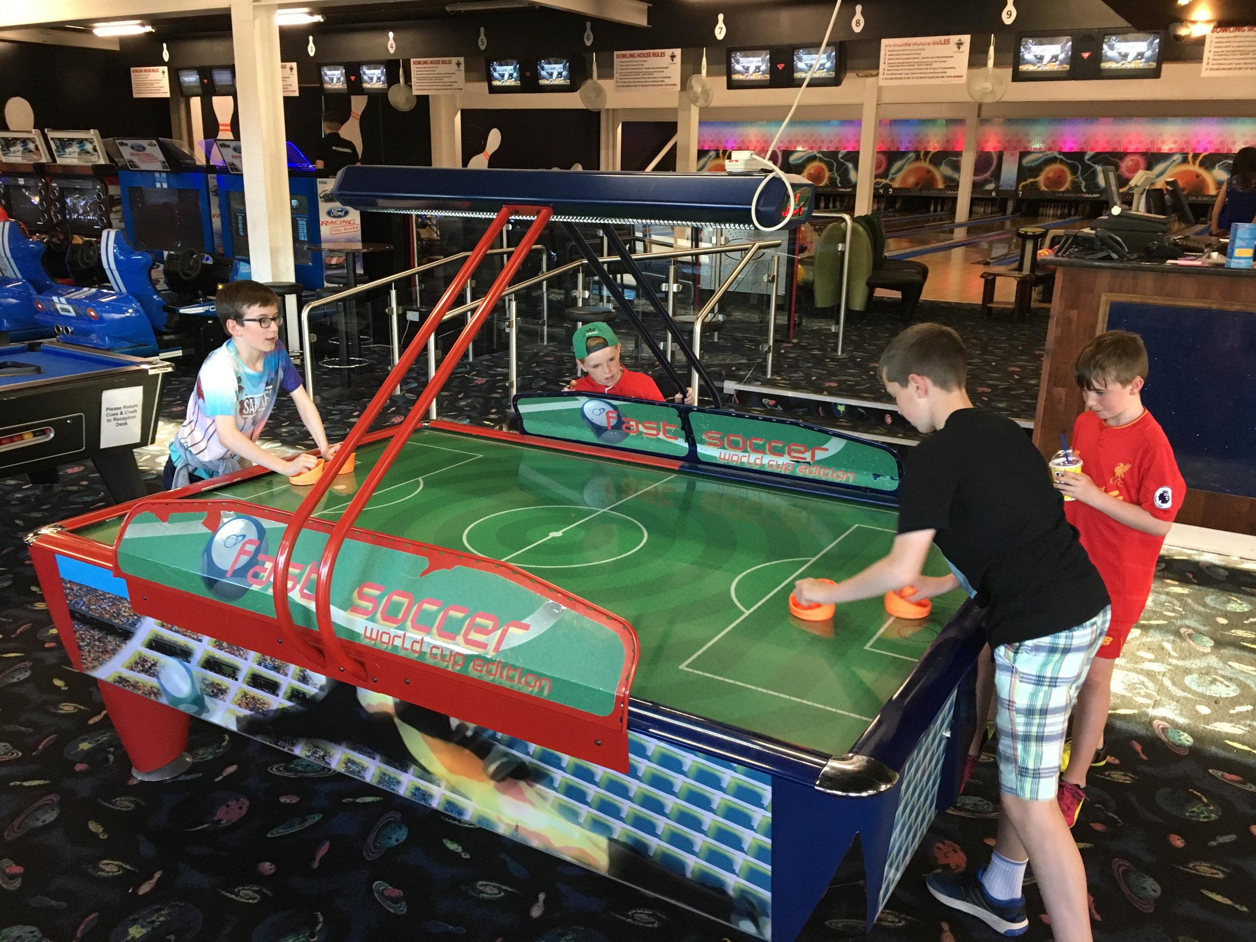 Eoin & Ruairí Air Hockey.jpg