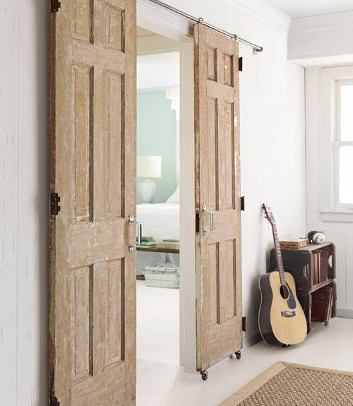 Deze foto zit er nog steeds bij als idee voor de oude deuren die aanwezig zijn in het huisje.