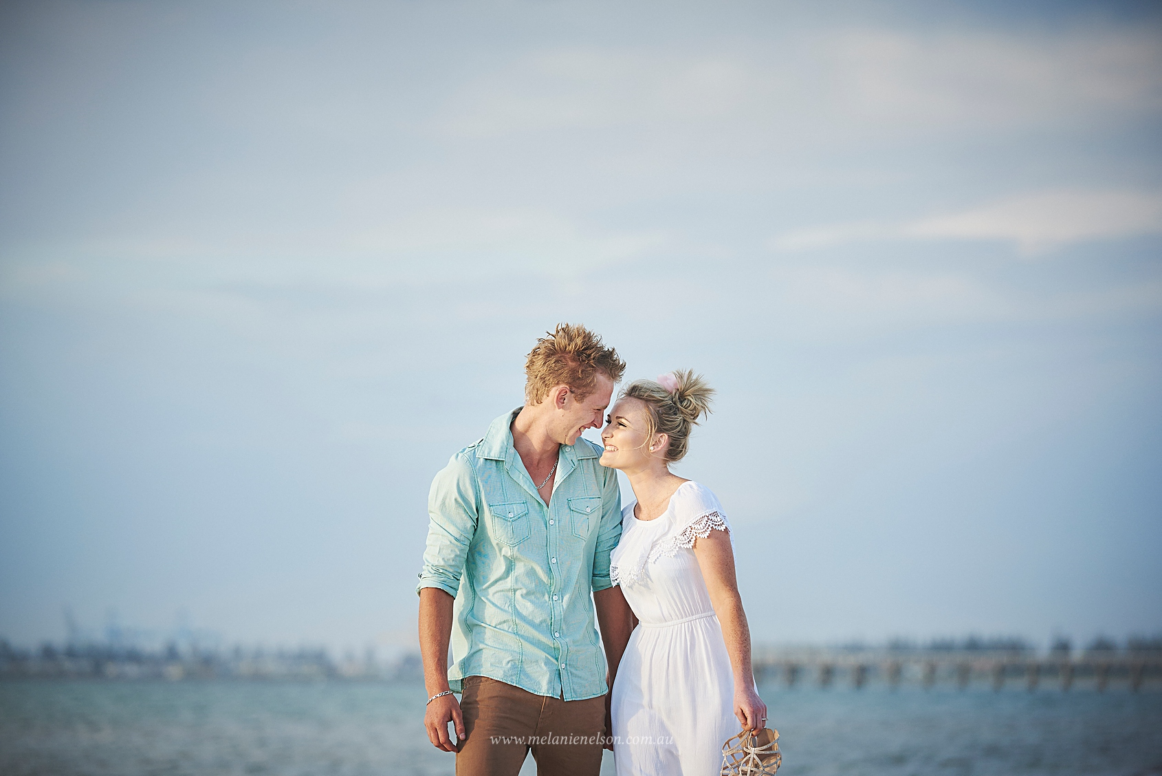 beach_engagement_photography_adelaide_0015.jpg