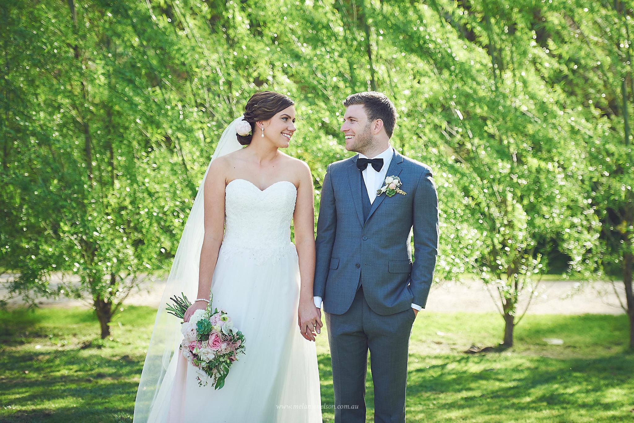 howards_vineyard_wedding_0008.jpg