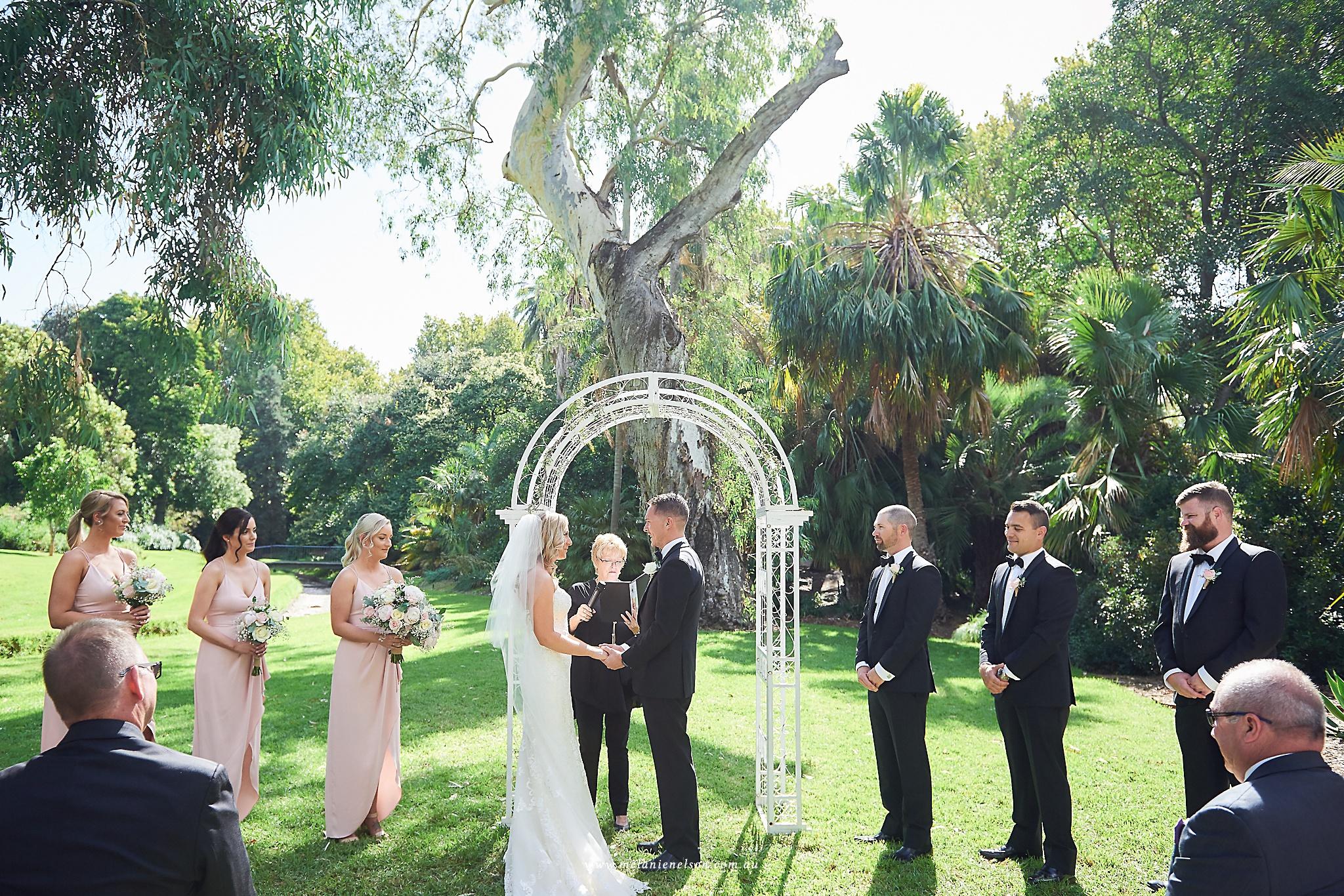 adelaide_botanic_gardens_wedding_0019.jpg