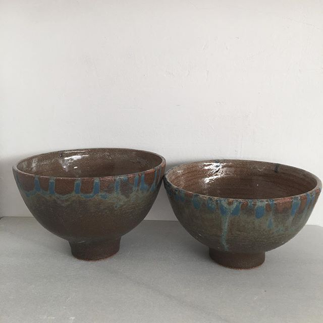 Tall wheelthrown chamotte bowls #pottery #cerámica #ceramics #wheelthrown #bowls