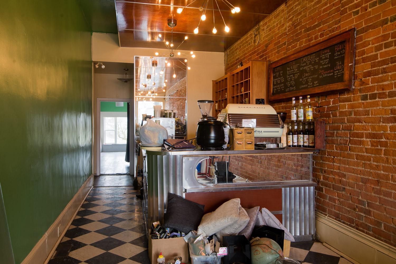 Edisons-Inn-Rennovations-Demolitio-Stratford-004.jpg