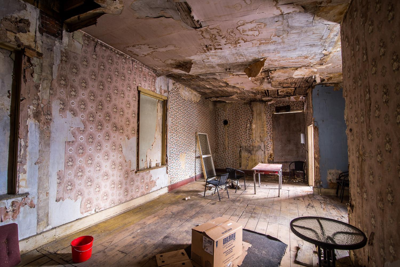 Edisons-Inn-Rennovations-Demolitio-Stratford-009.jpg