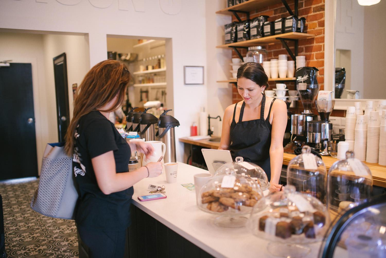 Edisons-Cafe-Stratford-Interior-004.jpg
