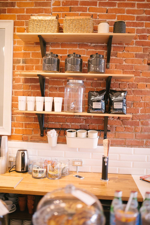Edisons-Cafe-Stratford-Interior-009.jpg