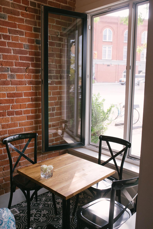 Edisons-Cafe-Stratford-Interior-053.jpg
