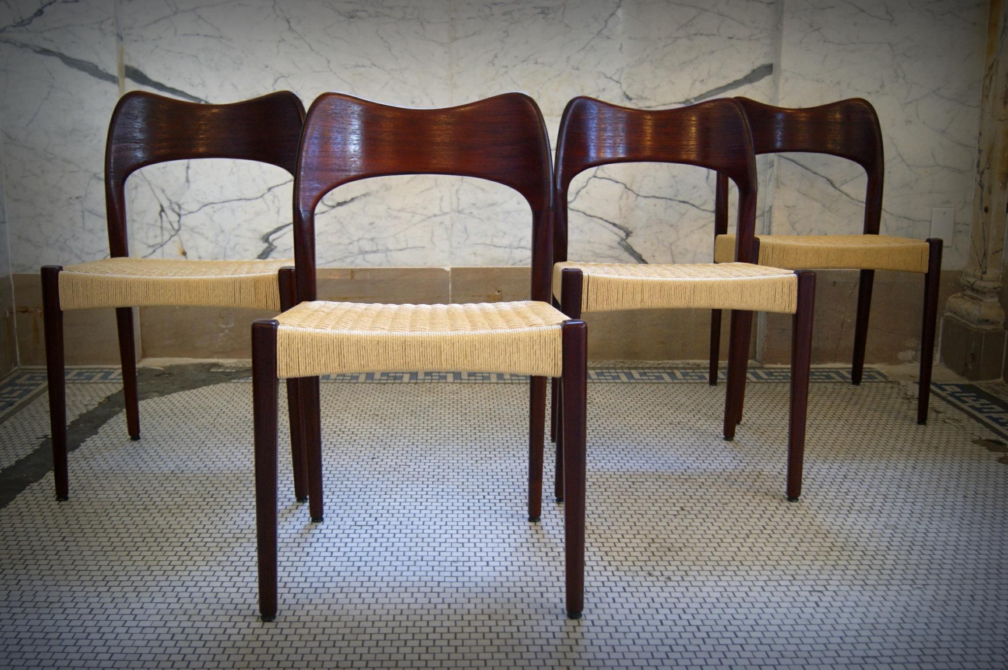 11_chairs_danishchord_FP - Copy (1).JPG
